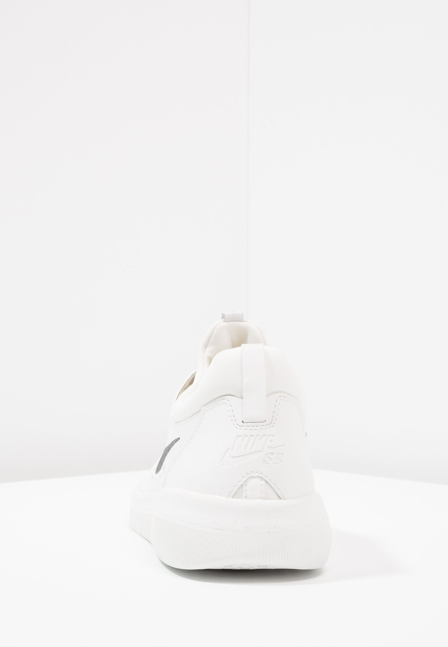 Nike Sb Nyjah Free - Skateskor Summit White/anthracite/lemon Wash