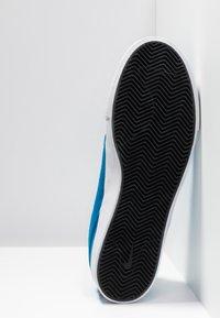 Nike SB - ZOOM JANOSKI - Sneakers laag - light photo blue/light armory blue/black/photo blue/hyper pink - 4