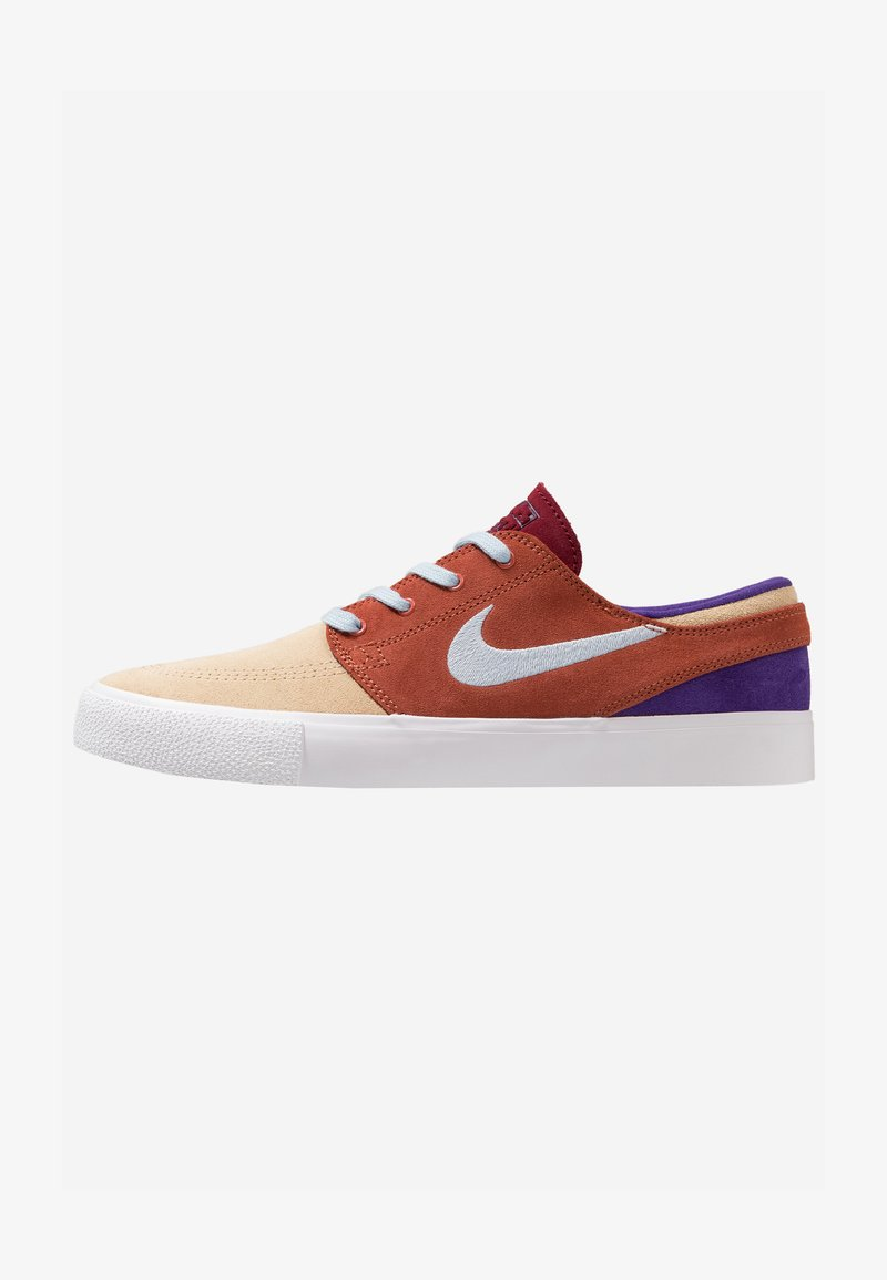 Nike SB - ZOOM JANOSKI - Sneaker low - desert ore/light armory blue/dusty peach/team red/court purple/light brown