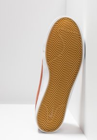 Nike SB - ZOOM JANOSKI - Sneakers laag - dusty peach/white/black/photo blue/hyper pink - 4
