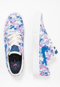 Nike SB - ZOOM JANOSKI PRM - Sneakers laag - team royal/fire pink/white - 1
