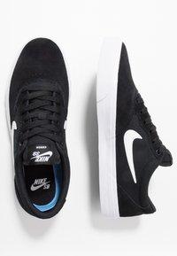 Nike SB - CHRON SLR - Sneakers laag - black/white - 1