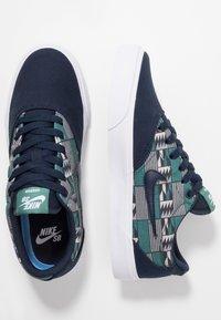 Nike SB - CHARGE - Sneaker low - obsidian - 1