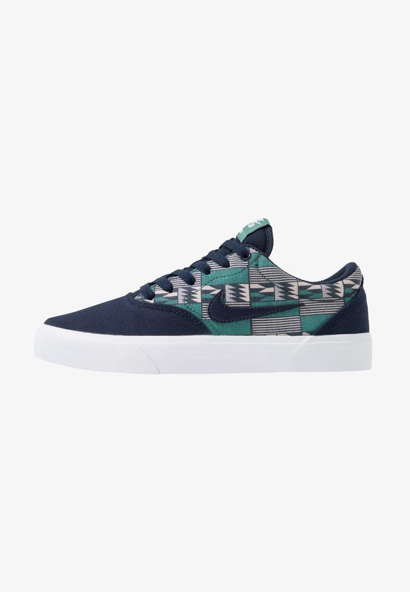 Nike SB - CHARGE - Sneaker low - obsidian