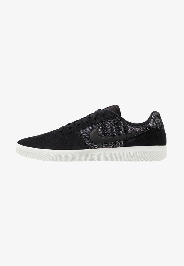 TEAM CLASSIC PRM - Sneaker low - black/summit white