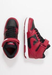 Nike SB - MOGAN MID 2 - High-top trainers - red crush/black/white - 0