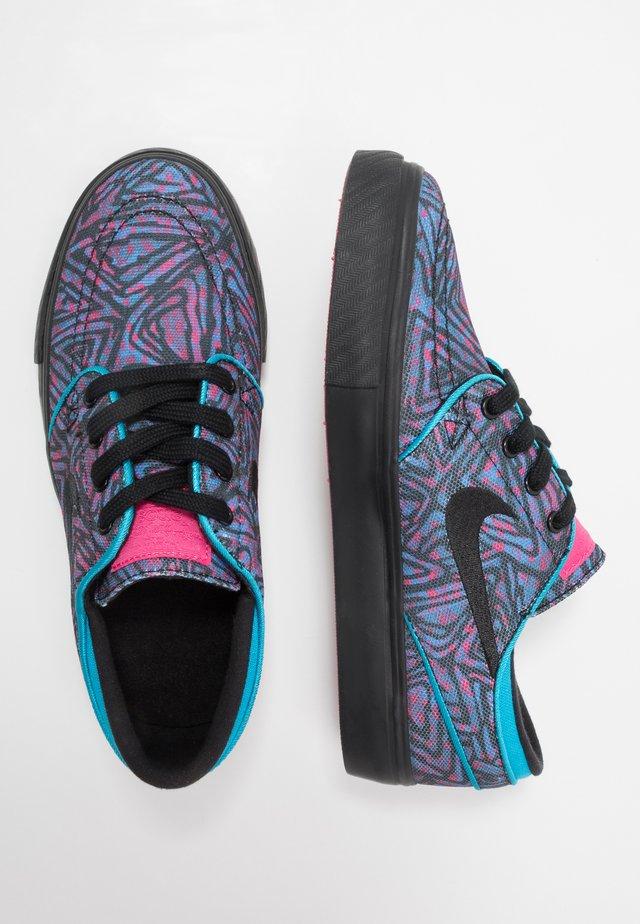 STEFAN JANOSKI PRM - Sneaker low - watermelon/black