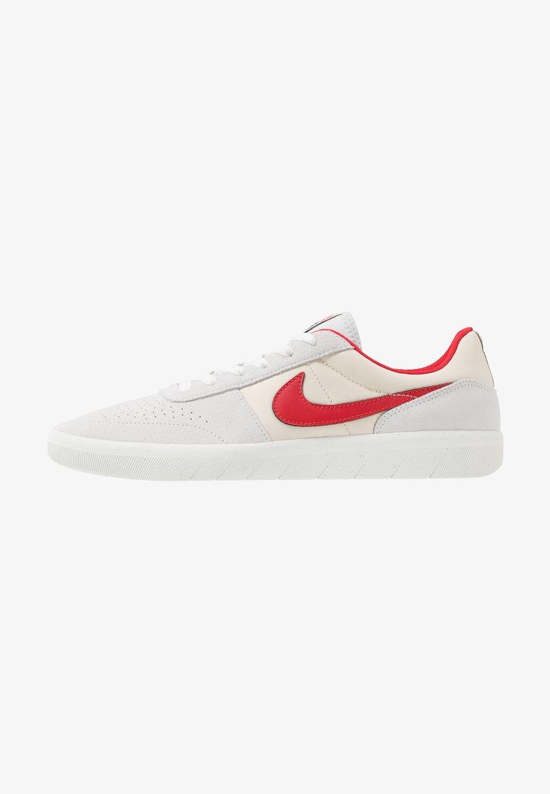 Nike SB - TEAM CLASSIC - Sneakers laag - photon dust/university red/light cream/team orange/summit white