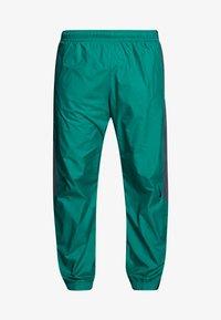Nike SB - SHIELD - Verryttelyhousut - neptune green - 4