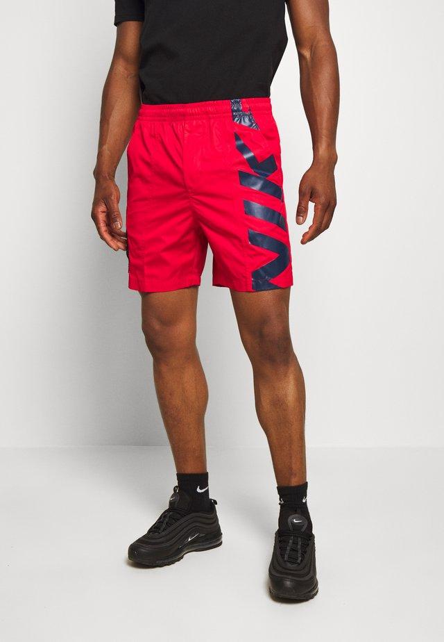 Shorts - university red/black