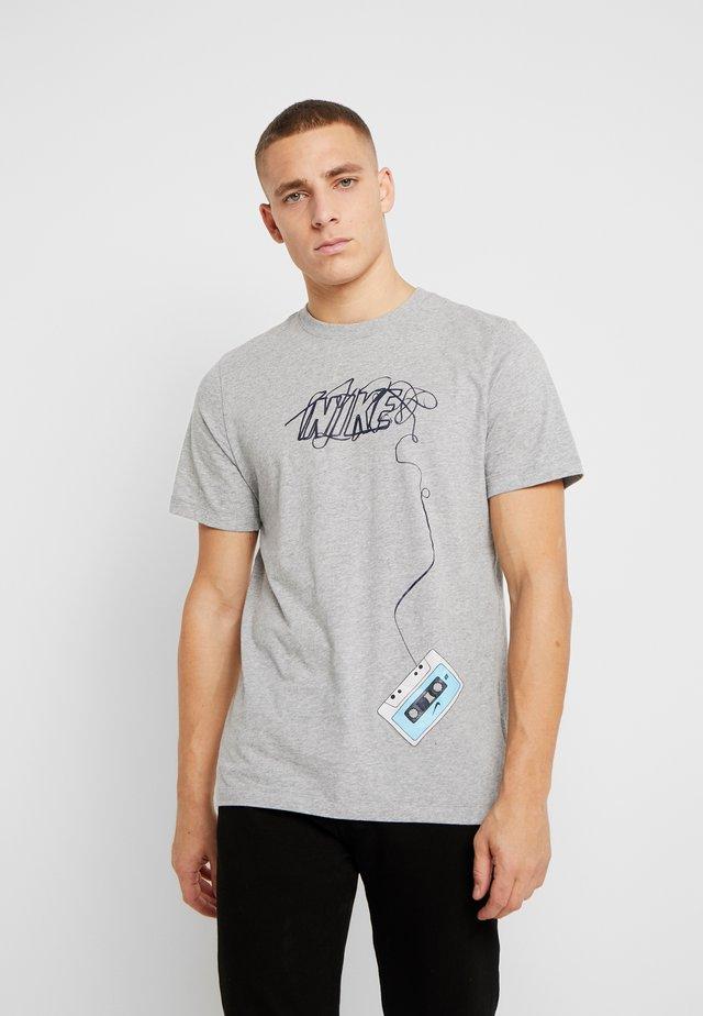 TEE REWIND - T-shirt med print - dark grey heather/black