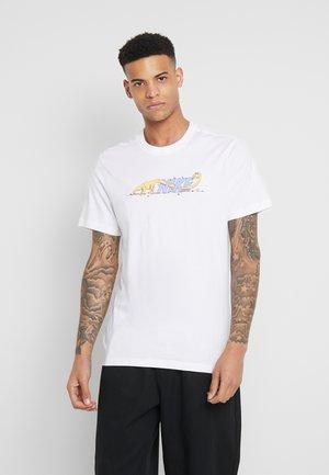 TEE DINONIKE - Camiseta estampada - white