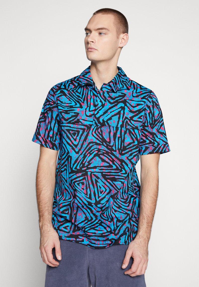Nike SB - Overhemd - laser blue/watermelon/black