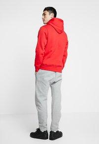 Nike SB - ICON HOODIE - Hoodie - university red/white - 2