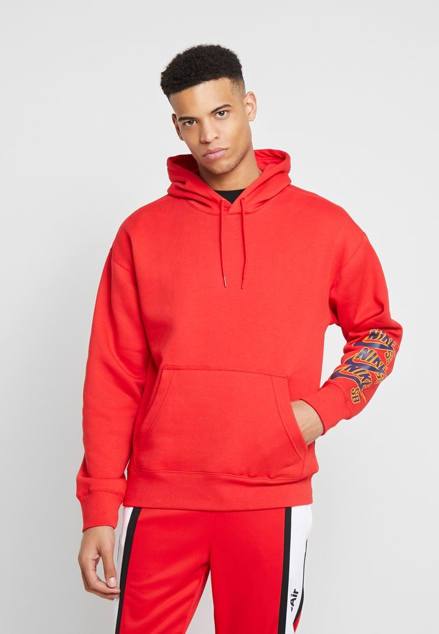 ICON TRIPLE STACK - Hoodie - university red