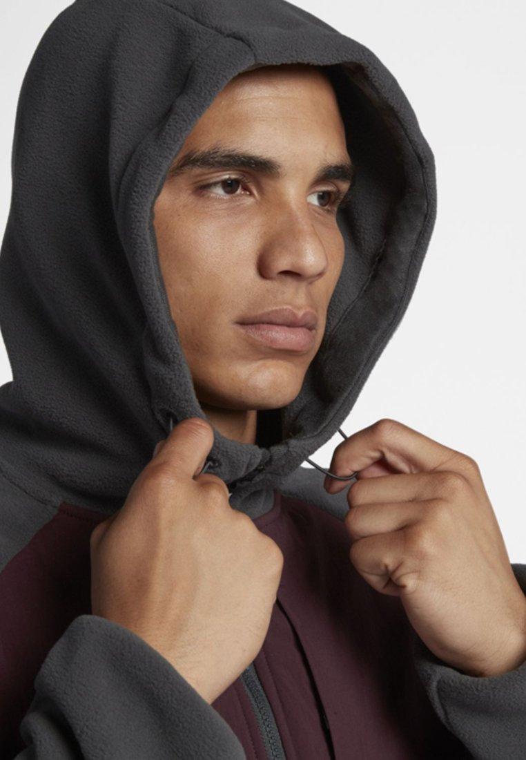 PolartecVeste Nike Anthracite black Sb Légère burgundy Crush vO8nym0wN