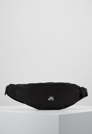 HERITAGE HIP PACK-WOVEN - Ledvinka - black/white