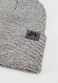 Nike SB - UTILITY - Beanie - dark grey heather/black - 5