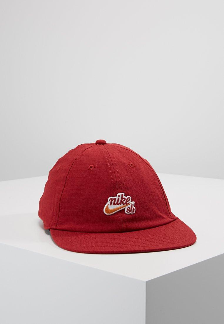 Nike SB - FLATBILL - Pet - team crimson
