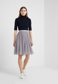 Needle & Thread - MIDI SKIRT - A-line skjørt - vintage lavender - 1