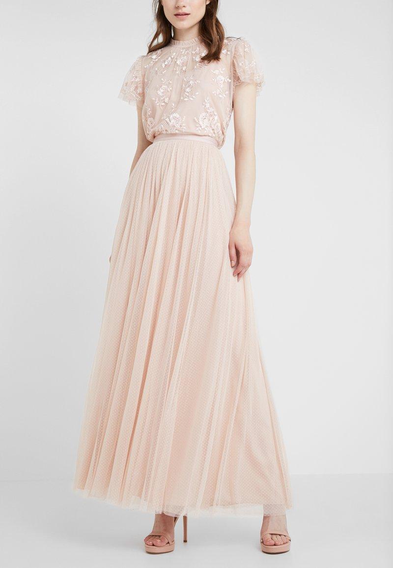Needle & Thread - DOTTED MAXI SKIRT - Áčková sukně - rose quartz