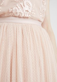Needle & Thread - DOTTED MAXI SKIRT - A-Linien-Rock - rose quartz