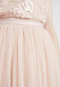 Needle & Thread - DOTTED MAXI SKIRT - Jupe trapèze - rose quartz - 5