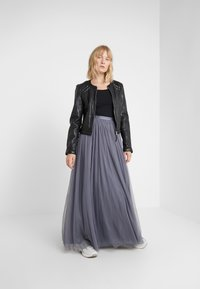 Needle & Thread - DOTTED MAXI SKIRT - Pleated skirt - thistle blue - 1