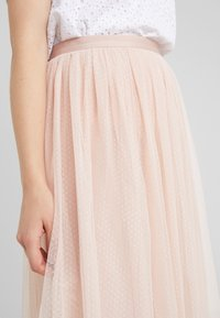 Needle & Thread - DOTTED MIDI SKIRT - A-line skjørt - powder pink - 4