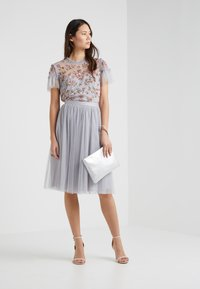 Needle & Thread - DOTTED MIDI SKIRT - A-line skjørt - dusk blue - 1