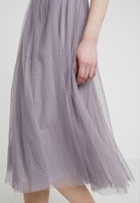 Needle & Thread - DOTTED SKIRT - A-line skjørt - vintage lavender - 4