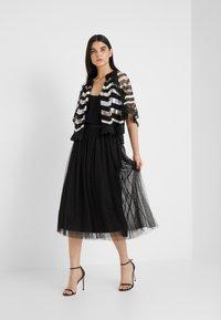 Needle & Thread - KISSES TULLE MIDAXI SKIRT - Maxi sukně - ballet black - 1