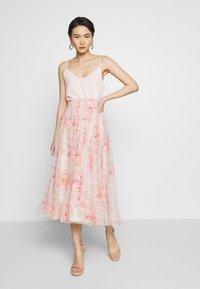 Needle & Thread - RUBY BLOOM SMOCKED BALLERINA SKIRT - Jupe trapèze - pink - 1