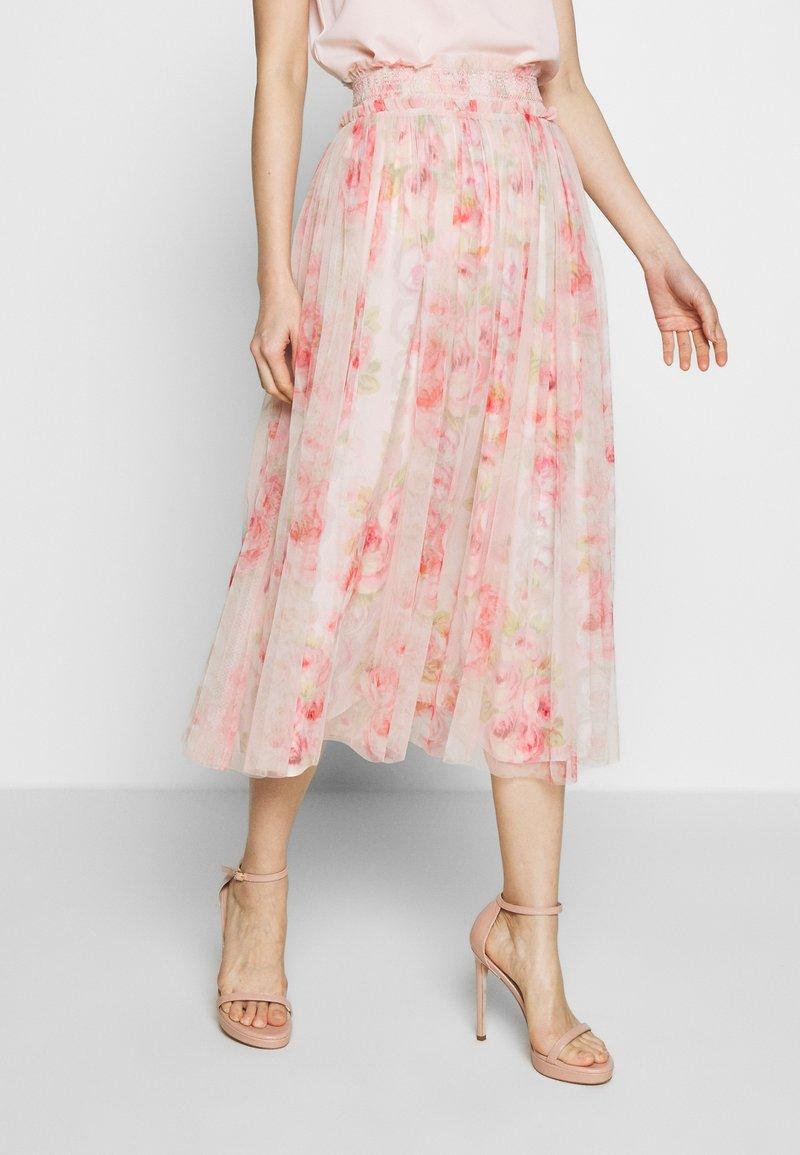 Needle & Thread - RUBY BLOOM SMOCKED BALLERINA SKIRT - Jupe trapèze - pink