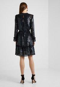 Needle & Thread - GLOSS SEQUIN DRESS - Cocktailklänning - black - 2