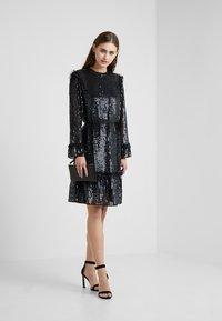 Needle & Thread - GLOSS SEQUIN DRESS - Cocktailklänning - black - 1