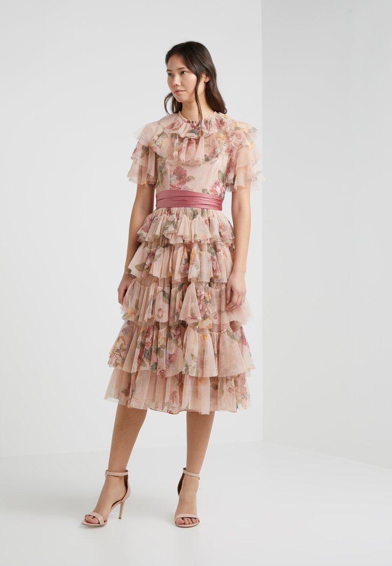 Needle & Thread - VENETIAN ROSE DRESS - Ballkleid - rose quartz/rouge