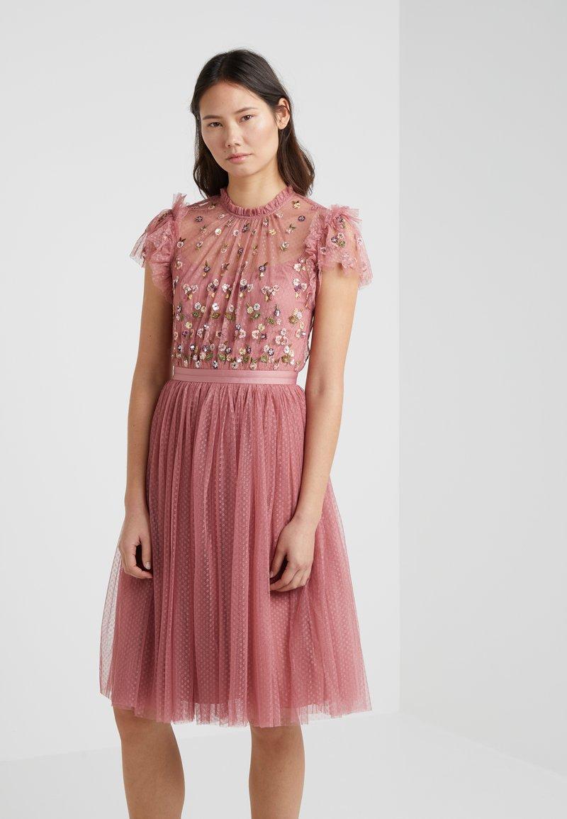 Needle & Thread - ROCOCO BODICE DRESS - Cocktailklänning - rouge