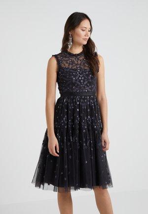 CLOVER GLOSS DRESS - Robe de soirée - graphite