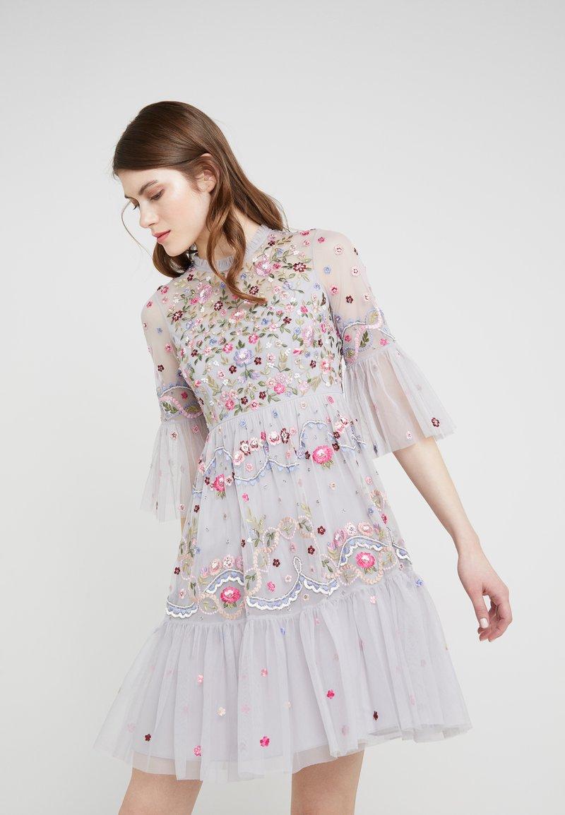 Needle & Thread - DREAMERS DRESS - Koktejlové šaty/ šaty na párty - dusk blue