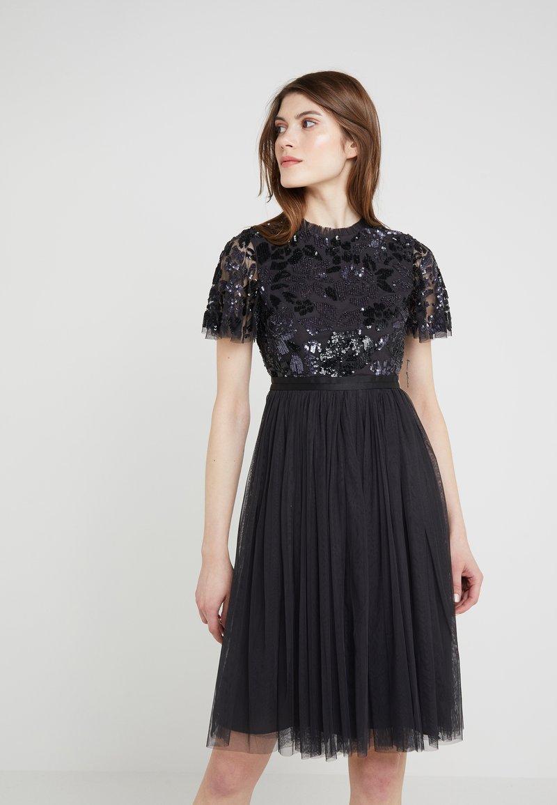 Needle & Thread - DREAM DRESS - Robe de soirée - graphite