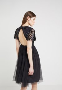 Needle & Thread - DREAM DRESS - Robe de soirée - graphite - 2