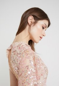 Needle & Thread - DREAM DRESS - Cocktailkleid/festliches Kleid - rose quartz - 3