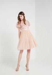 Needle & Thread - DREAM DRESS - Cocktailkleid/festliches Kleid - rose quartz - 1