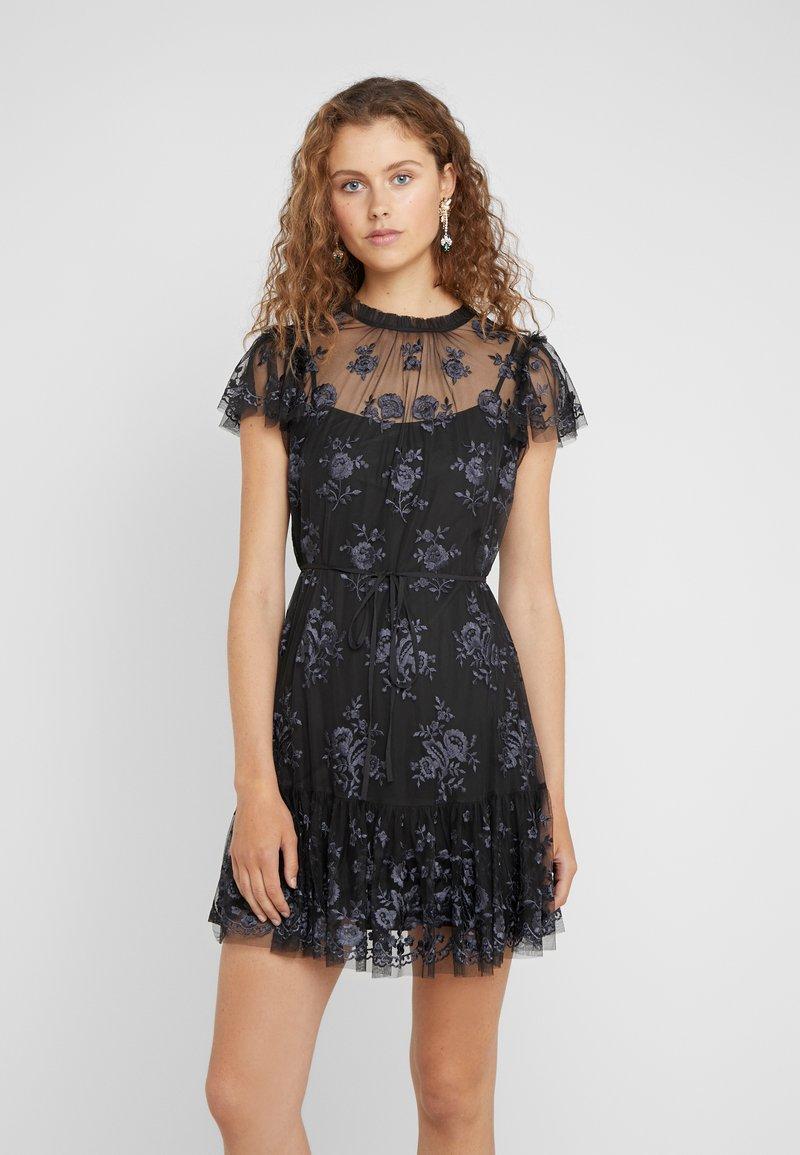 Needle & Thread - ASHLEY DRESS - Cocktailkleid/festliches Kleid - graphite