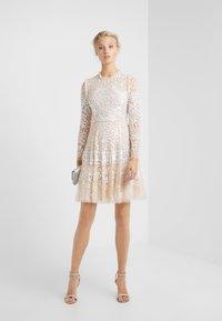 Needle & Thread - AURORA DRESS - Cocktailkleid/festliches Kleid - vintage blossom - 1