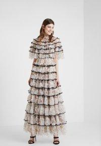 Needle & Thread - GARLAND MARIE GOWN - Festklänning - ivory - 1