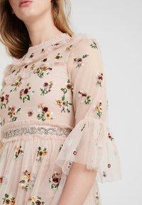 Needle & Thread - MAGDALENA DRESS - Cocktailkleid/festliches Kleid - rose quartz - 4