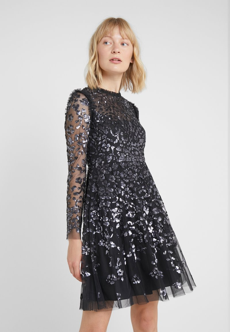 Needle & Thread - ROSMUND DRESS - Cocktailjurk - graphite