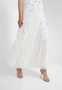 Needle & Thread - SHIMMER DITSY GOWN - Iltapuku - ivory - 4
